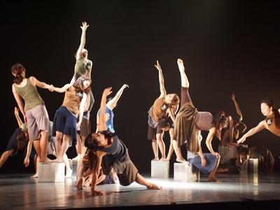 ダンス部が定期公演を開催します。公演日:12月27日(日):画像1