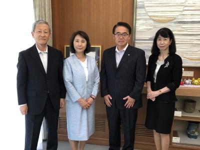 愛知県知事を表敬訪問