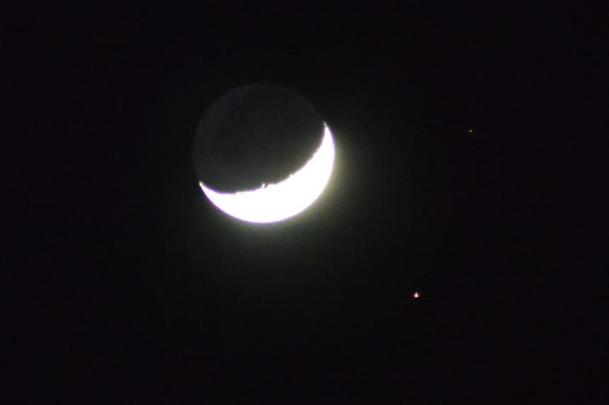 ★星空情報★1/3三日月と火星、大接近