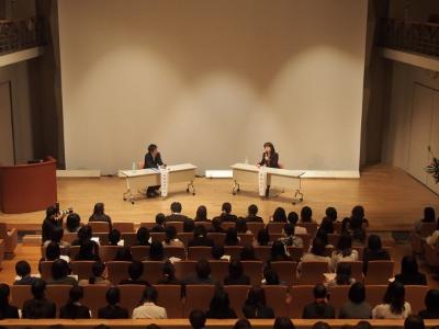 井桁容子先生による「レクチャーとディスカッション」が行われました。:画像2