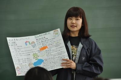 岡崎女子大学 授業紹介『地域貢献とボランティア』(1年生):画像3