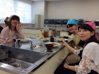 一人暮らしのための料理教室を開催しました。