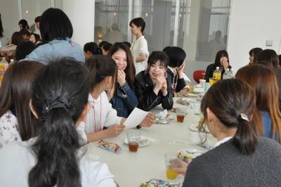学部全体ガイダンス、交流茶話会を開催しました:画像4