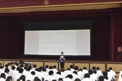 エレサポ(岡崎市学生選挙サポーター)岩津高校で選挙出前トーク:画像1