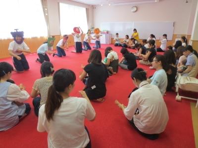 親と子どもの発達センター「お姉さんと一緒〜ワクワクリズムで遊ぼう〜」