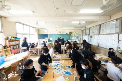 根石小学校『ふれあいフェスタ』に参加しました。:画像1