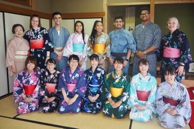 セントマーティンズ大学の学生が本学を訪問しました。:画像2