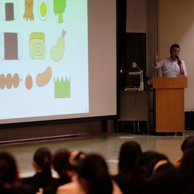 現代ビジネス学科1年「新聞の読み方」講座の開催!:画像1