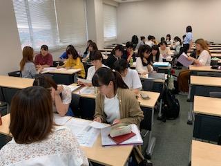 小学校教育実習に向けて先輩と交流!:画像2