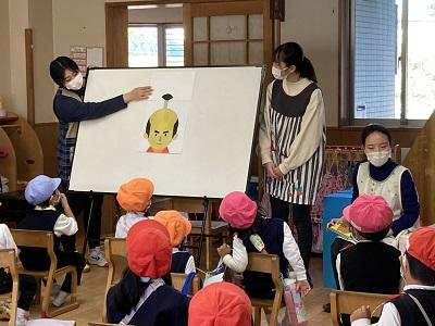 ボランティアサークル「ホビット」が読み聞かせ -第一早蕨幼稚園子どもまつり―:画像2